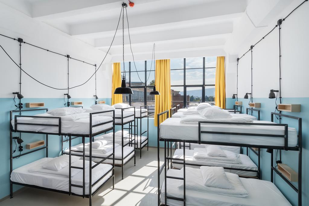 آشنایی با بهترین هتل های گرجستان - بهترین هاستل های تفلیس گرجستان