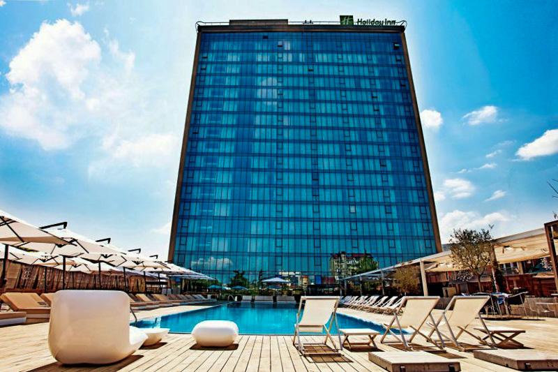 هتل هالیدی این از بهترین هتل های 4 ستاره تفلیس گرجستان