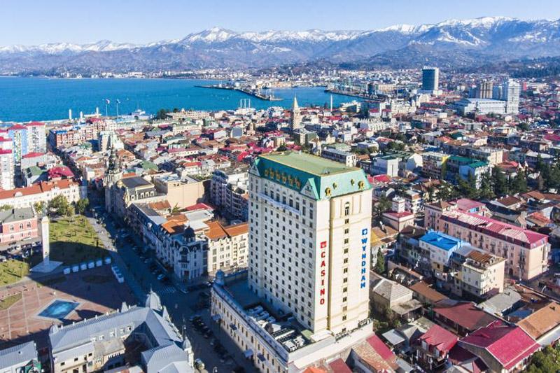 هتل ویندهام باتومی از بهترین هتل های 5 ستاره باتومی گرجستان