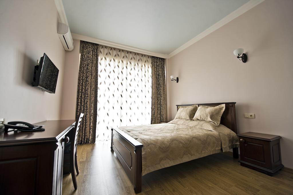 هتل ایفل باتومی از بهترین هتل های 3 ستاره باتومی گرجستان