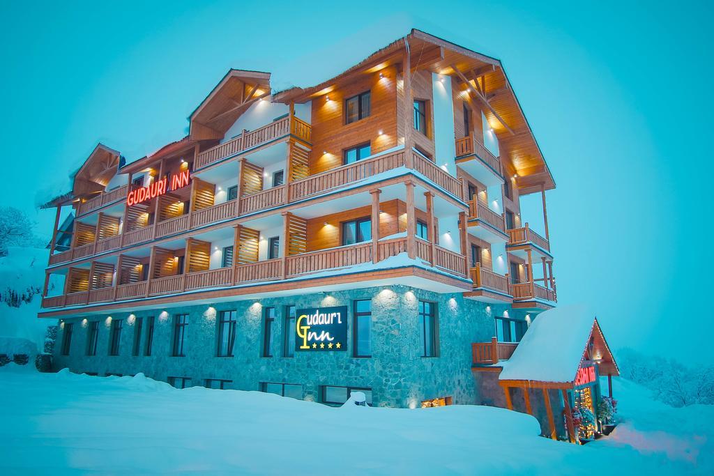 آشنایی با بهترین هتل های گرجستان - بهترین هتل های شهر کازبگی گرجستان