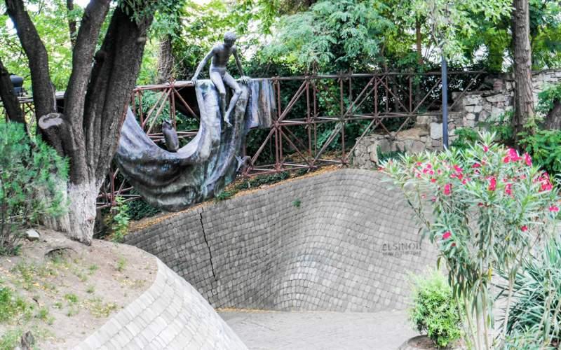 پارک میزوری تفلیس از معروف ترین پارک های تفلیس