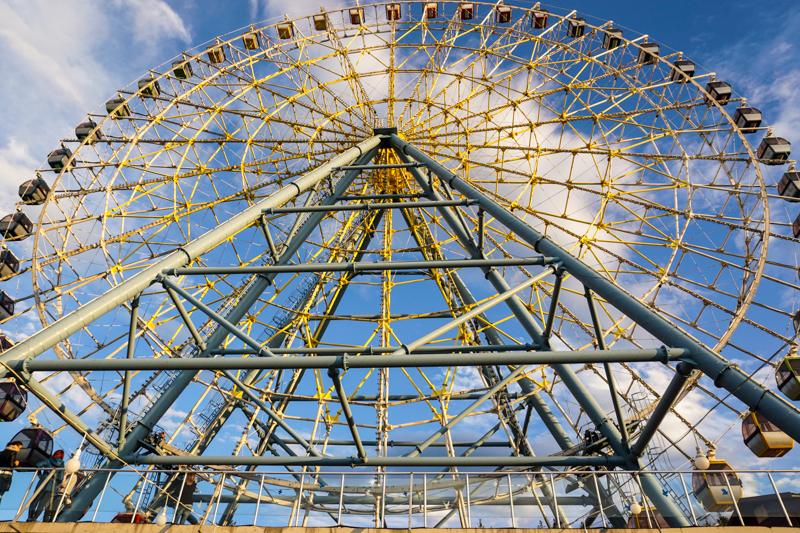 پارک متاتسمیندا -جاذبه های دیدنی شهر تفلیس