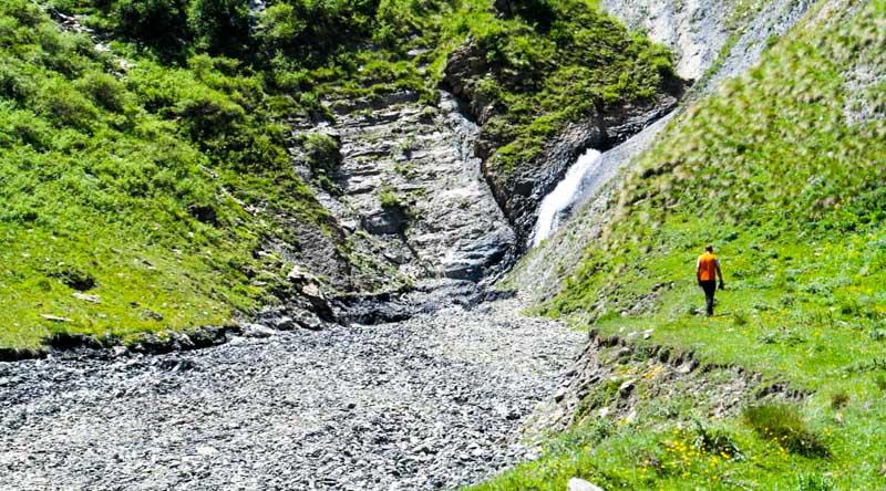 آبشار زیبای کتریسی