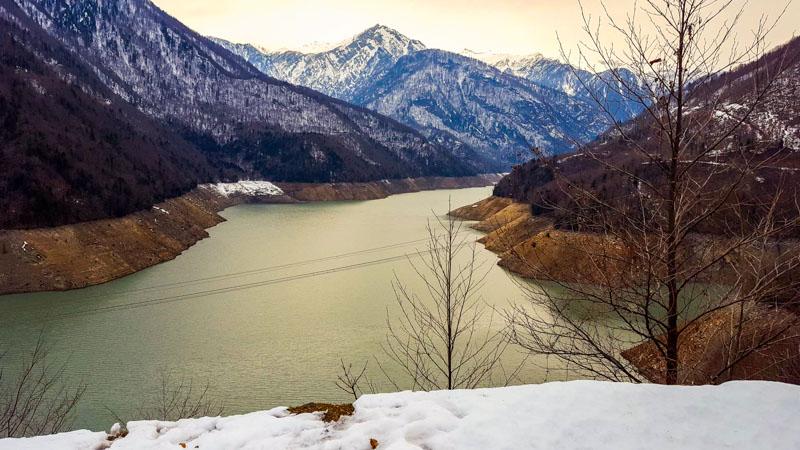 رودخانه پاترا انگوری در زمستان