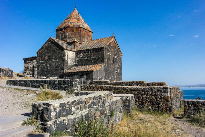 کلیساهای معروف ارمنستان