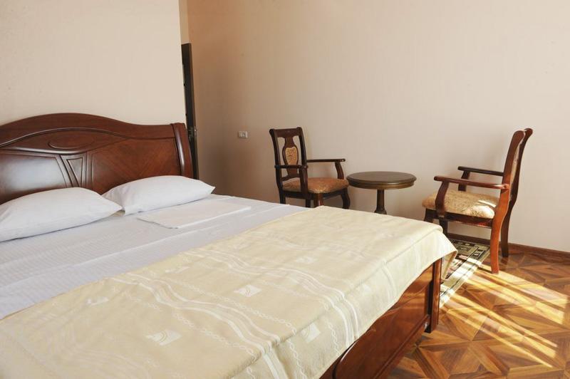 هتل اس دی ایروان از بهترین هتل های 3 ستاره ایروان ارمنستان