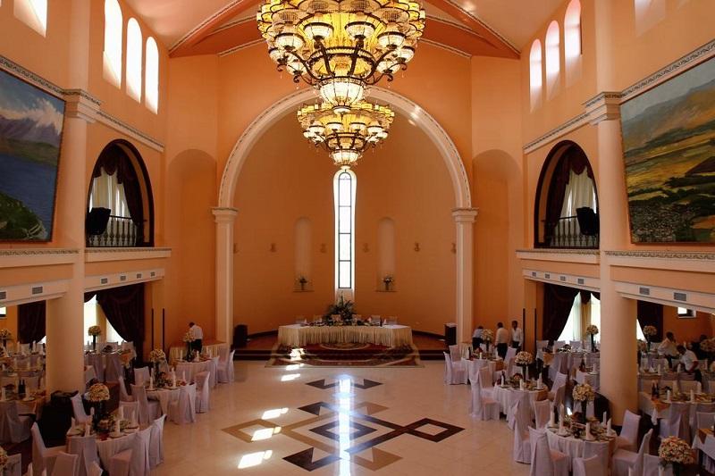 هتل 5ستاره لاتار کامپکس ایروان ارمنستان از بهترین هتل های 5 ستاره ایروان3