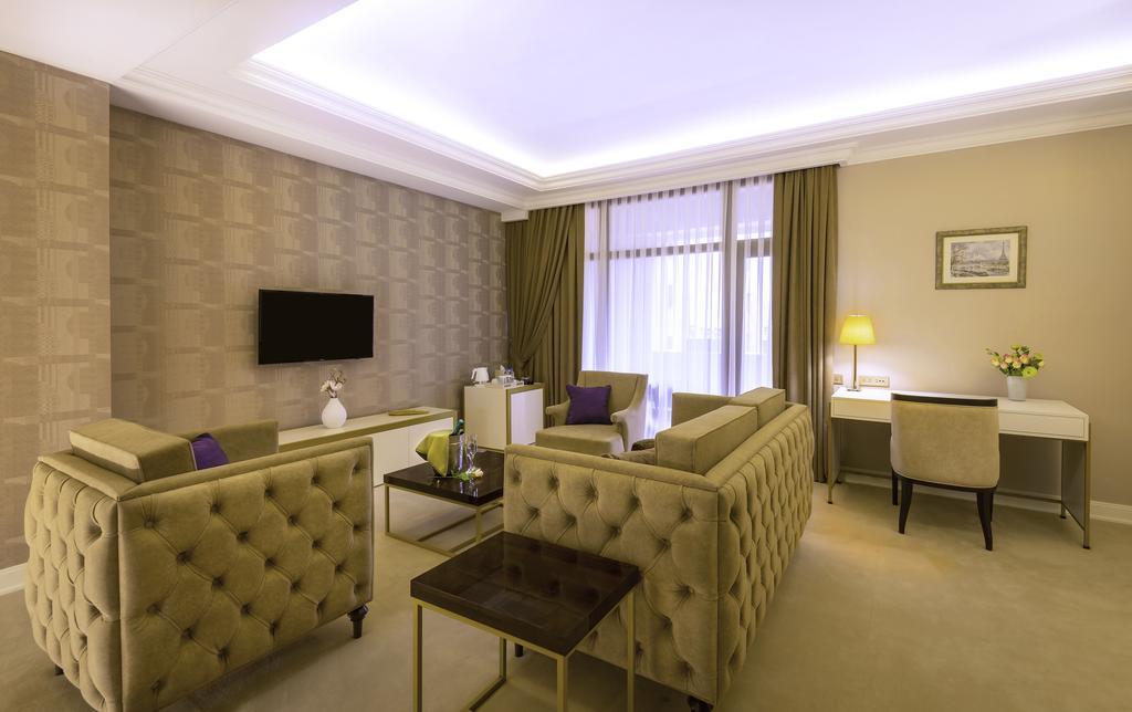 هتل پاریس هتل ایروان از بهترین هتل های 5 ستاره ایروان ارمنستان