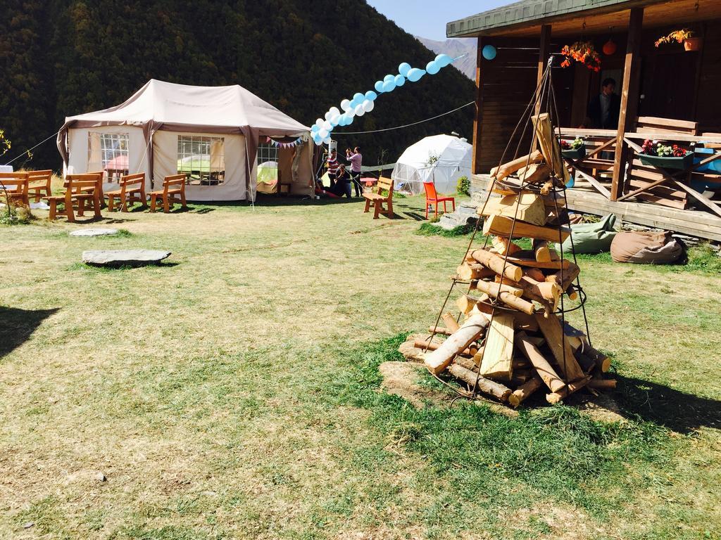 کمپ زتا در دره اسنو